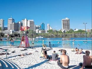 Aspley Motor Inn Brisbane - Brisbane Beach