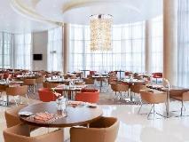Novotel Abu Dhabi Gate Hotel: restaurant