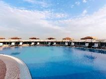 Novotel Abu Dhabi Gate Hotel: swimming pool