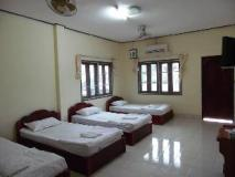 Nazim Guesthouse: guest room