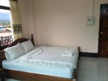 Saphaothong Guesthouse: guest room