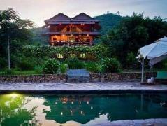 The Vine Retreat | Cheap Hotels in Kep Cambodia