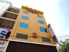 U E Guest House & Restaurant | Cambodia Hotels