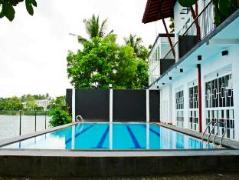 Imma Lake Resort | Sri Lanka Budget Hotels