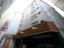 Plum Hotel: