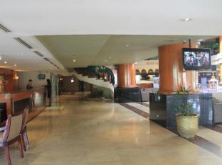 Somerset Surabaya Hotel Surabaya - Lobi