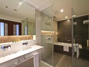 The Bellevue Resort Bohol - Bathroom
