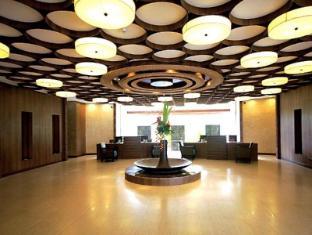 The Bellevue Resort Bohol - Lobby