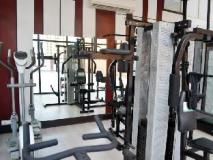 Le Crescent Hotel: fitness room