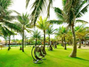 Famiana Resort and Spa Phu Quoc Island - Garden