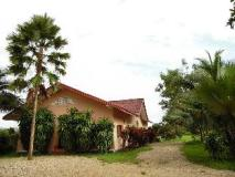 Souankhamphone Guesthouse: exterior
