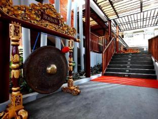 Hotel Horison Seminyak Bali Bali - Traditional Music Instrument Decoration