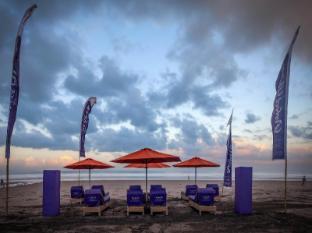 Hotel Horison Seminyak Bali Bali - Beach club at double six beach