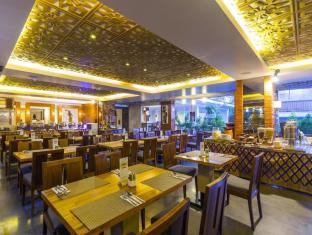 Hotel Horison Seminyak Bali Bali - ManiManika Restaurant