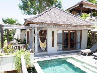 Bersantai Villas Lembongan Bali - Balcony/Terrace