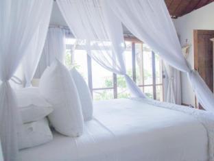 Bersantai Villas Lembongan Bali - Luxury Egyptian Cotton sheets and Towels