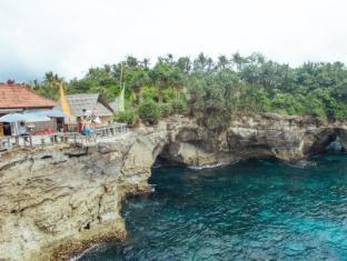 Bersantai Villas Lembongan Bali - Surfing locations..... 4 different breaks on the islands