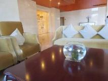 Dork Jumpa Hotel: lobby