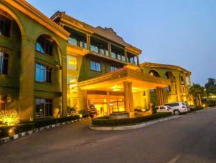 Dork Jumpa Hotel