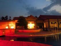 Dork Jumpa Hotel: surroundings