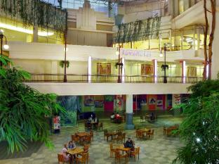 favehotel Braga Bandung - Hotel Exterior