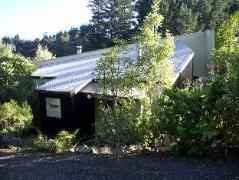Indigo Bush Studios   New Zealand Budget Hotels
