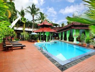 Sarinande Hotel Bali - Swimming Pool