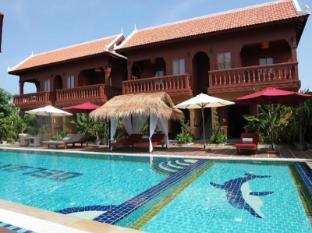 /fi-fi/delux-villa/hotel/battambang-kh.html?asq=vrkGgIUsL%2bbahMd1T3QaFc8vtOD6pz9C2Mlrix6aGww%3d