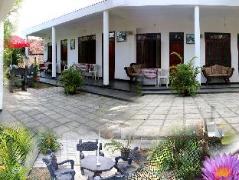 Takeshi Inn | Sri Lanka Budget Hotels