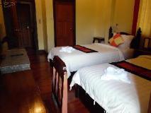 Villa Champa: guest room