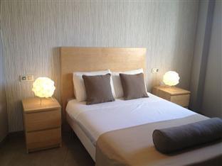 /fi-fi/ab-apartamentos/hotel/malaga-es.html?asq=vrkGgIUsL%2bbahMd1T3QaFc8vtOD6pz9C2Mlrix6aGww%3d