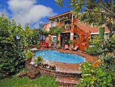 Cheriton Guest House B&B | Cheap Hotels in Cape Town South Africa