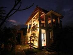 Yuliati House Villa Kutuh Indonesia