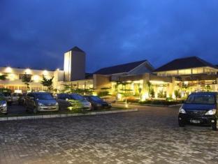 /id-id/green-valley-resort/hotel/purwokerto-id.html?asq=jGXBHFvRg5Z51Emf%2fbXG4w%3d%3d