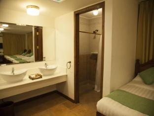 Hotel Felicidad Vigana - Vannas istaba