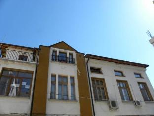 /uk-ua/guest-house-the-old-house/hotel/plovdiv-bg.html?asq=5VS4rPxIcpCoBEKGzfKvtE3U12NCtIguGg1udxEzJ7nZRQd6T7MEDwie9Lhtnc0nKViw1AnMu1JpKM9vZxUvIJwRwxc6mmrXcYNM8lsQlbU%3d