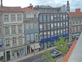 /vivacity-porto-rooms-apartments/hotel/porto-pt.html?asq=5VS4rPxIcpCoBEKGzfKvtBRhyPmehrph%2bgkt1T159fjNrXDlbKdjXCz25qsfVmYT