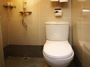 ランダー ホテル プリンス エドワード 香港 - バスルーム