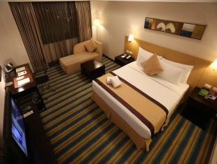 Luxent Hotel Manila - Guest Room