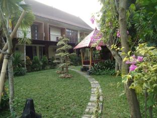 /d-green-kayon-airport-hotel/hotel/solo-surakarta-id.html?asq=jGXBHFvRg5Z51Emf%2fbXG4w%3d%3d