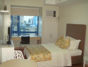 Baqacionista Traveler's Condo Manila - The Living Space