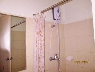 Baqacionista Traveler's Condo Manila - Bathroom