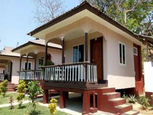 /hill-garden-hotel/hotel/chaungtha-beach-mm.html?asq=jGXBHFvRg5Z51Emf%2fbXG4w%3d%3d