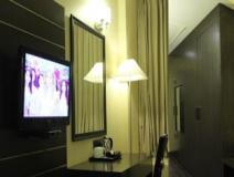Bulbul Hotel and Banquets: guest room