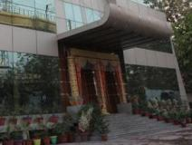 Bulbul Hotel and Banquets: entrance