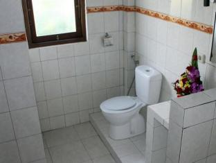 Swan Inn Bali - Bathroom