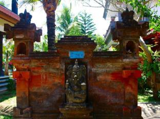 Swan Inn Bali - Entré