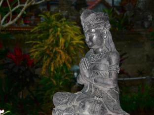 Swan Inn Bali - Parveke/Terassi