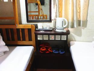Ho Yuen Hotel Hong Kong - Family Room (7 adults)