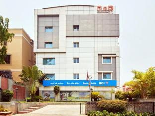 /sv-se/hotel-rnb-select-banjara-hills/hotel/hyderabad-in.html?asq=vrkGgIUsL%2bbahMd1T3QaFc8vtOD6pz9C2Mlrix6aGww%3d